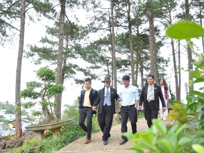 Ông Ngô Quang Phúc tại Hồ Thủy Quái